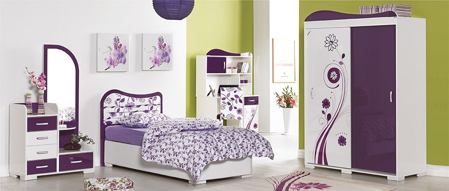 Chambre fille avec coiffeuse for Chambre a coucher entiere