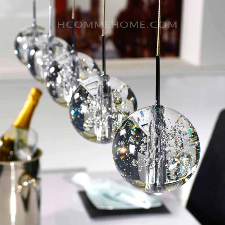 hcommehome.com/media/catalog/product/cache/1/image/9df78eab33525d08d6e5fb8d27136e95/l/u/luminaire-suspension-design-en-verre-galaxy-zd1_susp-d-021.jpg