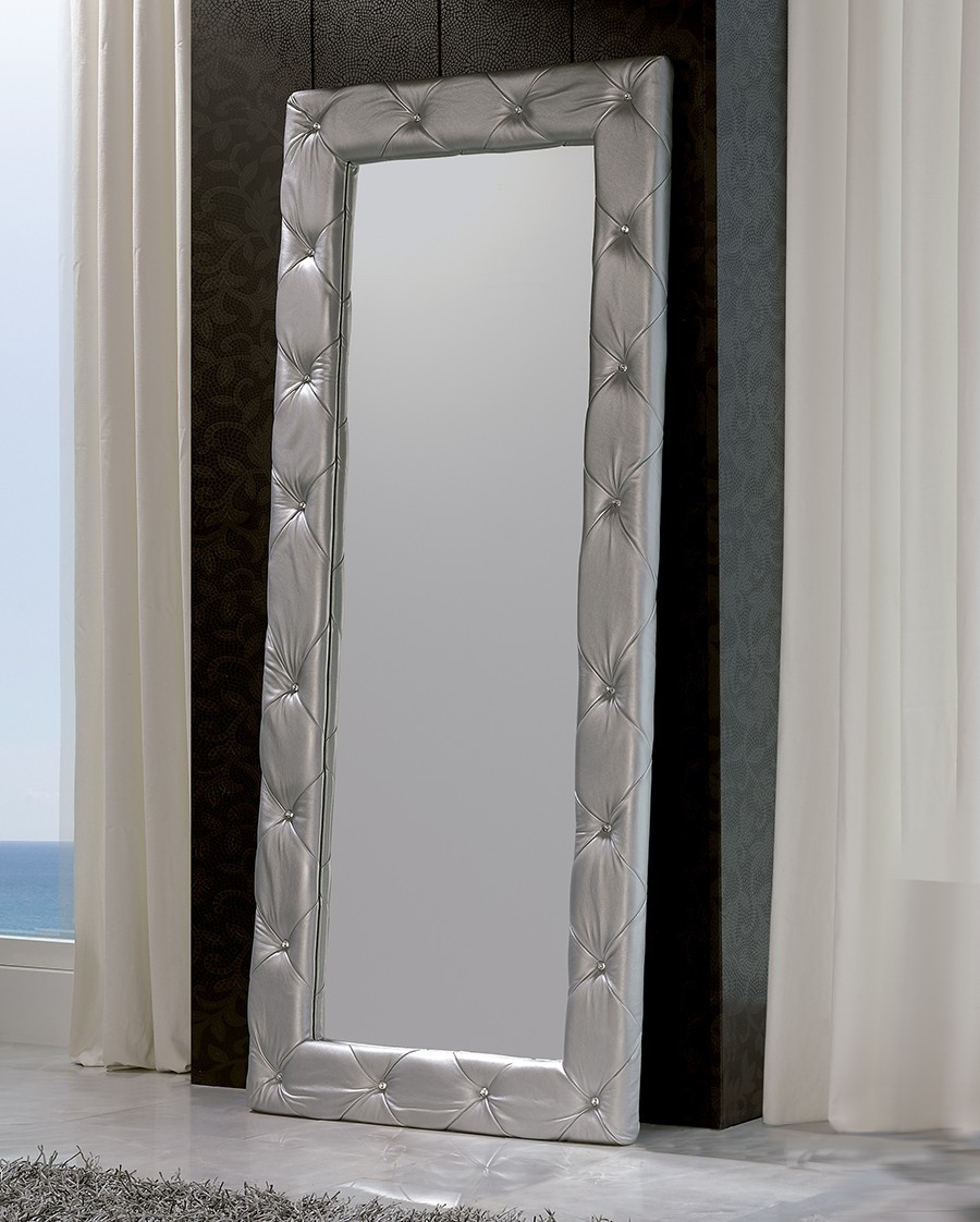 beautiful miroir mural blanc simili cuir strass ideas amazing house design. Black Bedroom Furniture Sets. Home Design Ideas