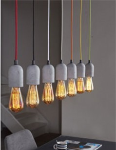 Suspension industrielle 7 lampes 2006