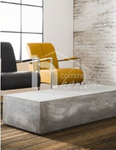Table basse design en béton gris LEDGE