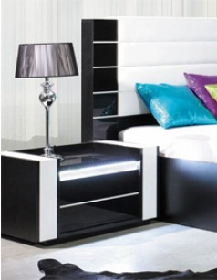 page 2 superbes tables de chevet design pour chambre adulte. Black Bedroom Furniture Sets. Home Design Ideas