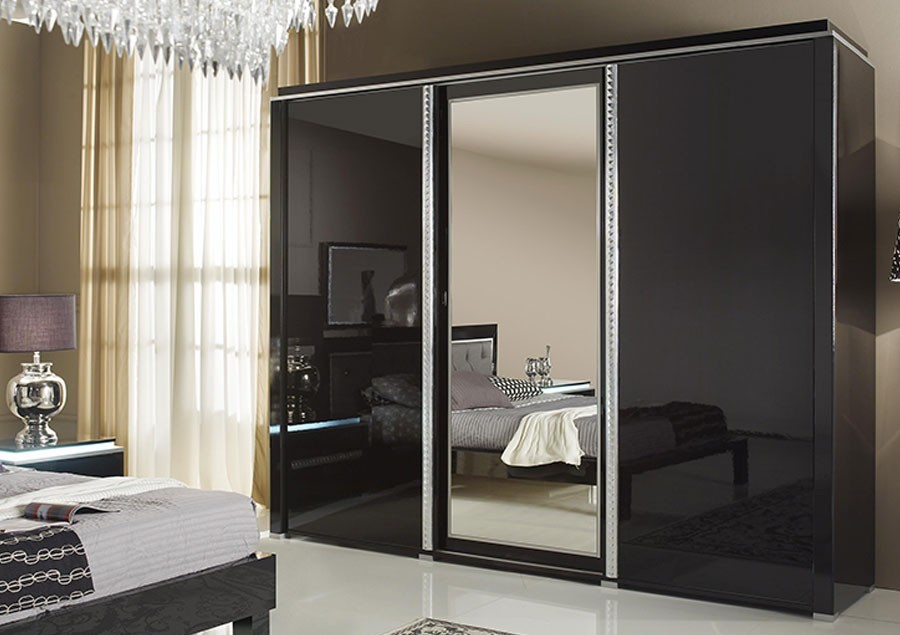 armoire laqu e design noire 2 ou 3 portes. Black Bedroom Furniture Sets. Home Design Ideas
