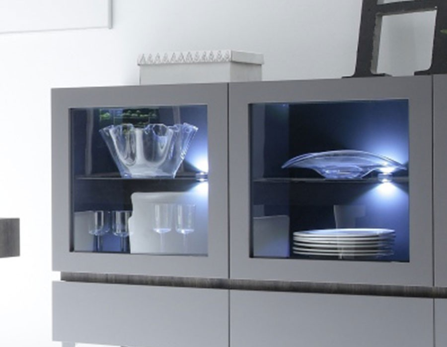 Buffet vitrine 3 portes 3 tiroirs avec LED en option