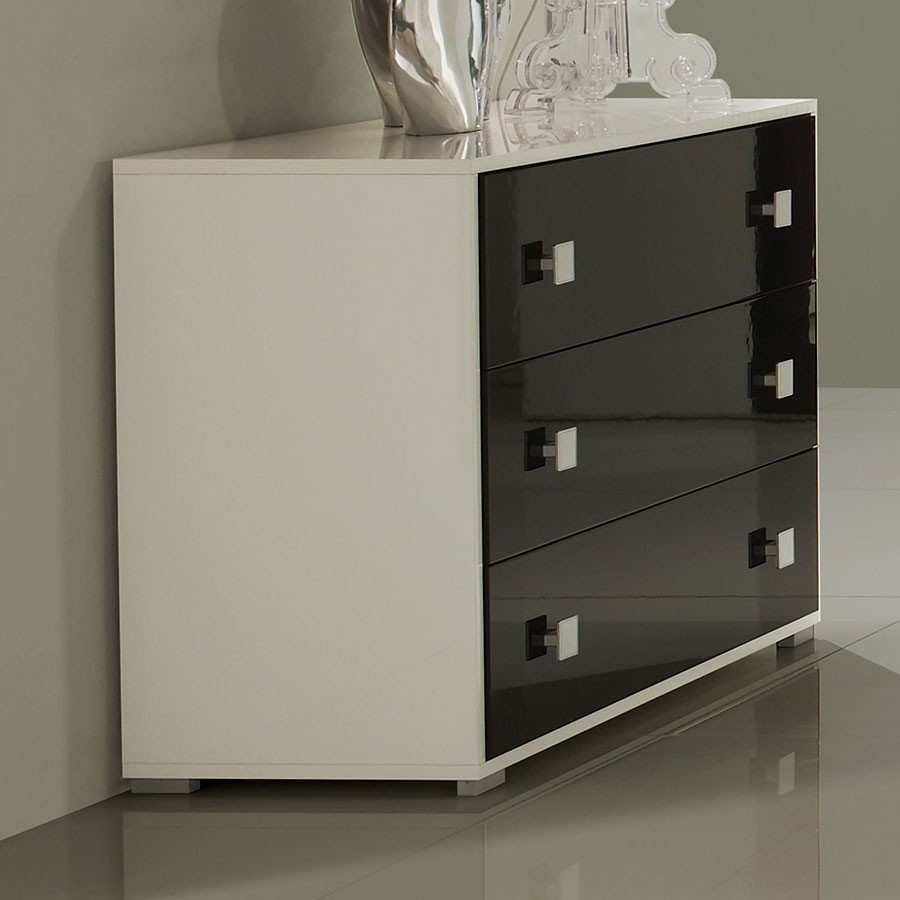 Salon noir laque for Commode chambre design