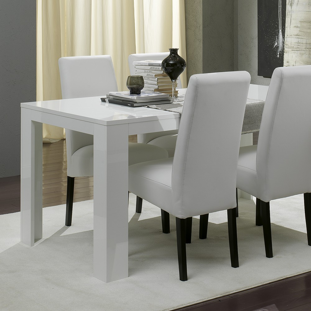 Table salle a manger moderne but table a manger with for Salle a manger design