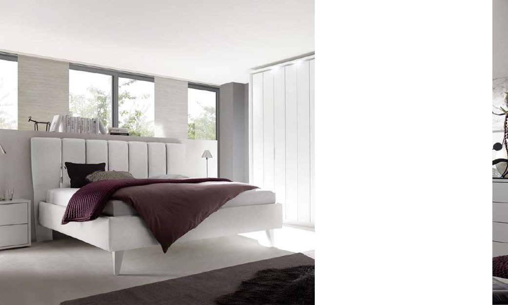 Chambre adulte design laqu blanc et chrom for Lit chambre adulte design