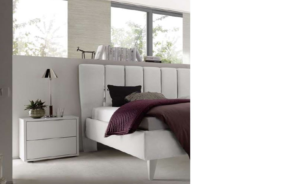 chevet design blanc et chrom chambre adulte