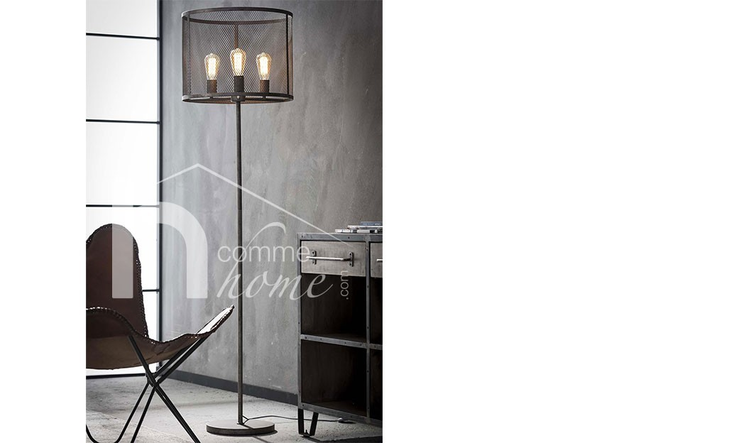 lampadaire industriel en m tal gris vieilli curtis. Black Bedroom Furniture Sets. Home Design Ideas