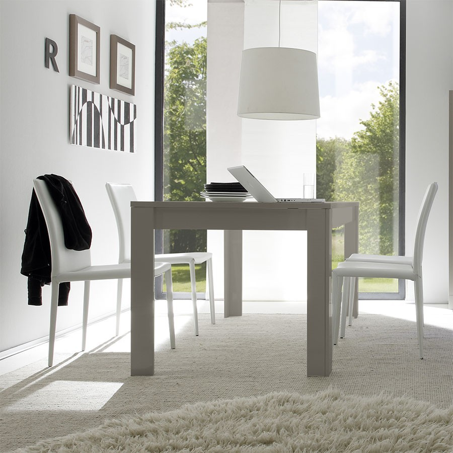 Table a manger taupe laque design lobby for Tables modernes salle a manger