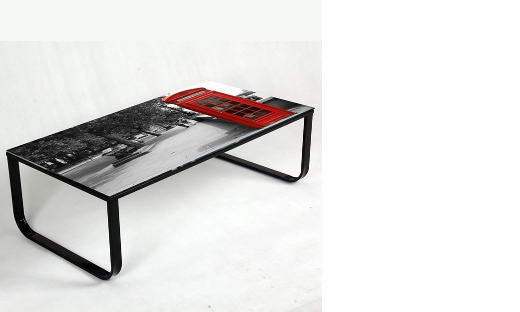 table basse en verre design imprim cabine t l phonique et. Black Bedroom Furniture Sets. Home Design Ideas