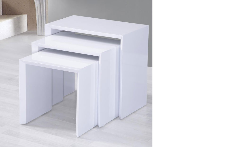Table d 39 appoint gigogne laqu blanc design livina - Table d appoint laque blanc ...