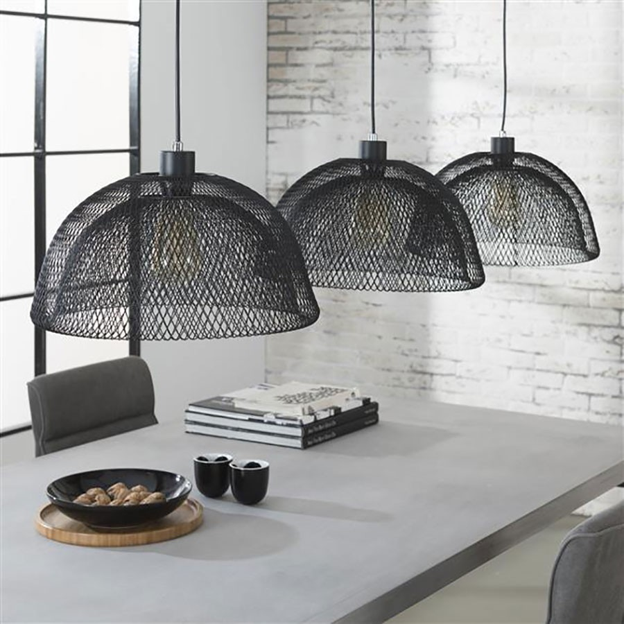luminaire style industriel suspension industrielle forme tuyau noir en m tal avec 3 luminaire. Black Bedroom Furniture Sets. Home Design Ideas