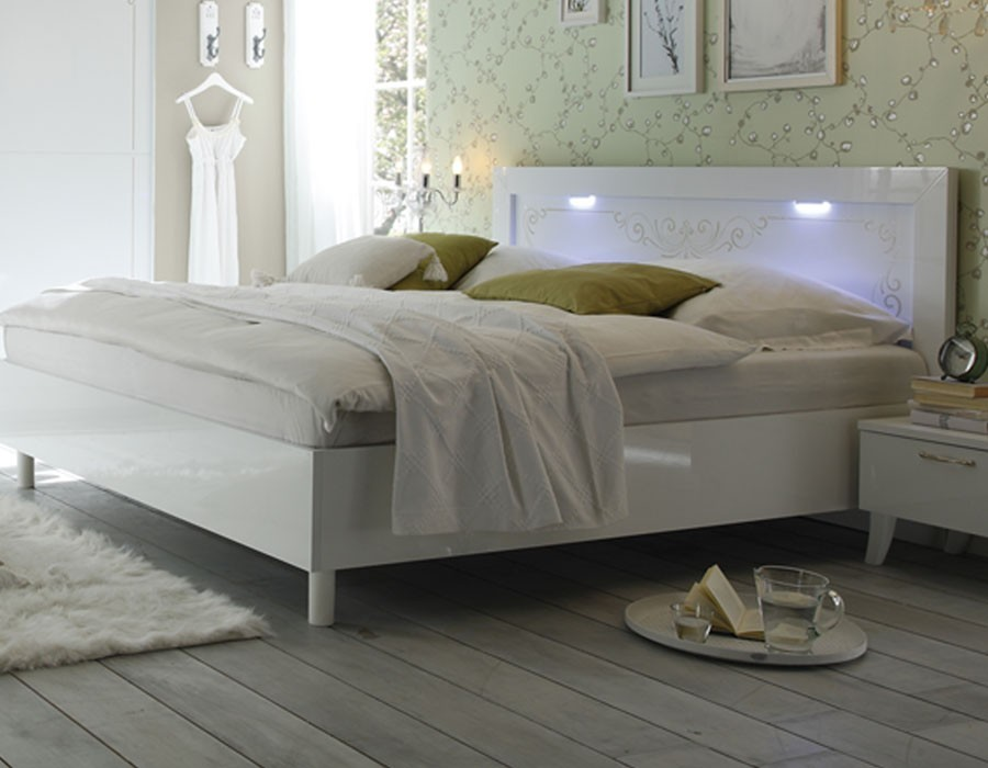 Lit design adulte lit adulte design dans la chambre u2013 for Chambre complete adulte led