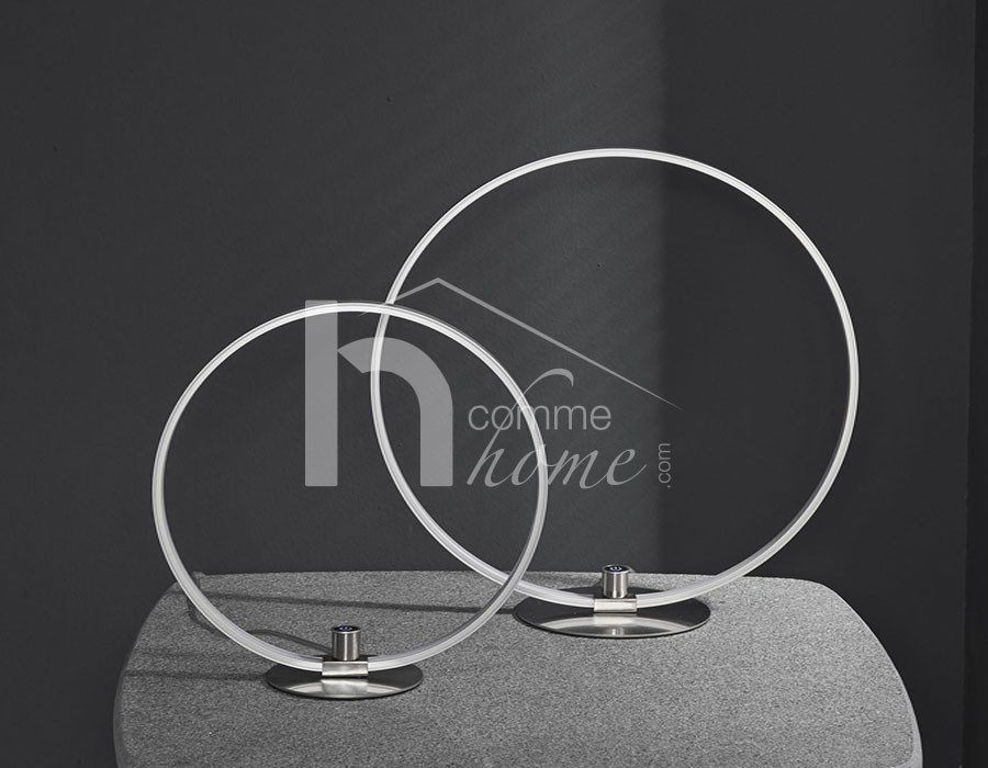 Lampe à poser LED circulaire en nickel mat WHEEL