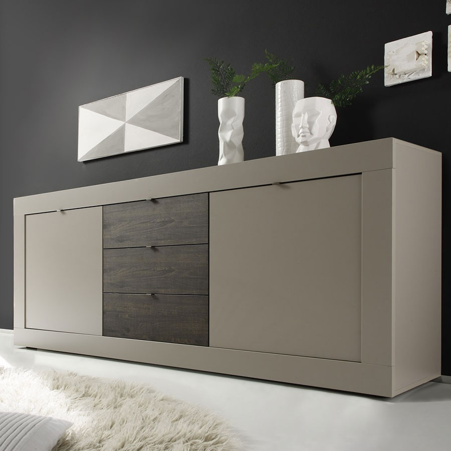 salle manger couleur taupe et weng. Black Bedroom Furniture Sets. Home Design Ideas